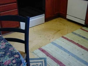 faux leather look on flooring made from paper bags
