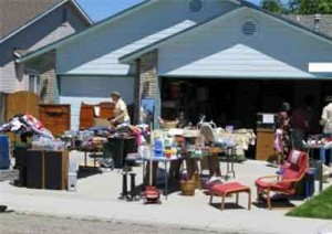 yard sale guide for decorators