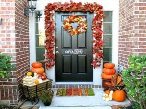 decorating ideas for fall - front porch leaves idea