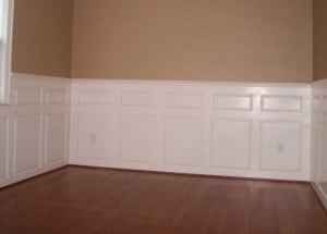 wainscoting with a good color balance with the walls